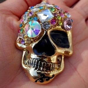 Chic Gothic Gold Rainbow Jewel Skull Necklace